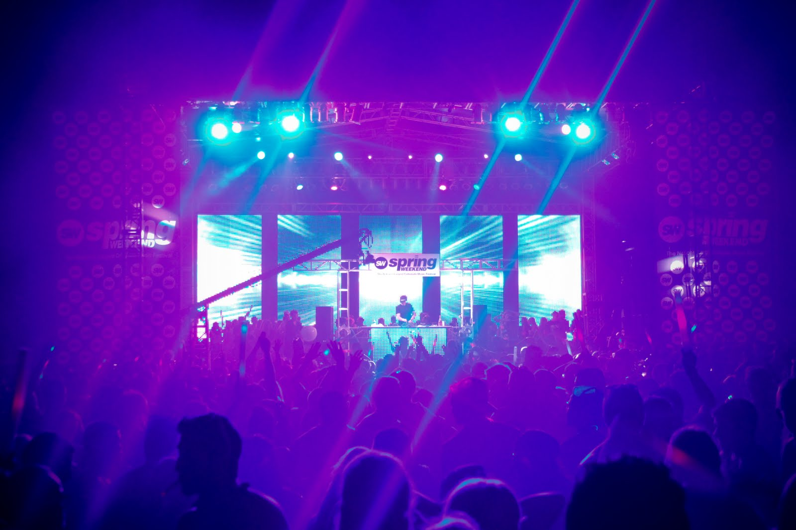 Professional Sound Dynamic Lighting Custom Staging and Roofs & Custom Lighting Packages - Protech Service | Sound . Stage ...